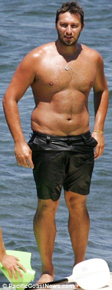 Ian Thorpe vacationing