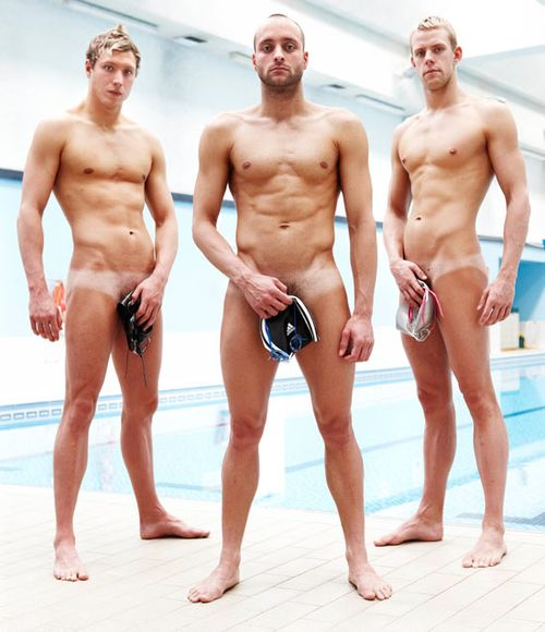 550w_gayspy_cosmo_swimmers