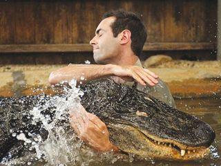 Befriends-alligator-1324353673