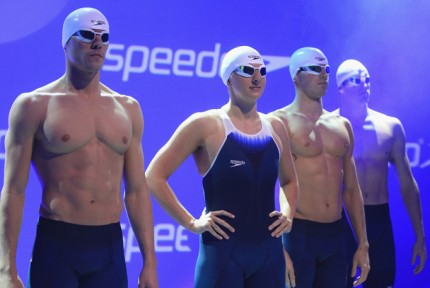 Speedo-fastskin3-launch-11302011-03-430x288