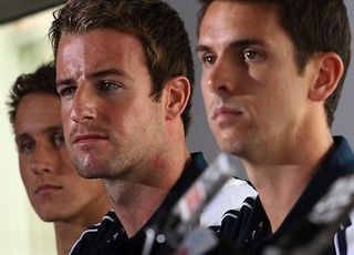 624198-australian-olympic-4-x-100m-relay-swim-team