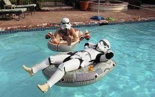 Star-wars-troopers-in-pool