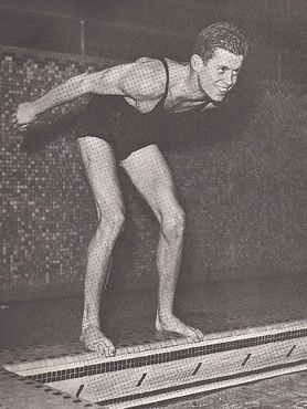 John_f_kennedy_jr_swim_harvard_dive