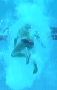 Tom_daley_underwater_suit_ass