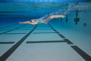 Ali Deloof Funkita Underwater by Mike Lewis D85_5997